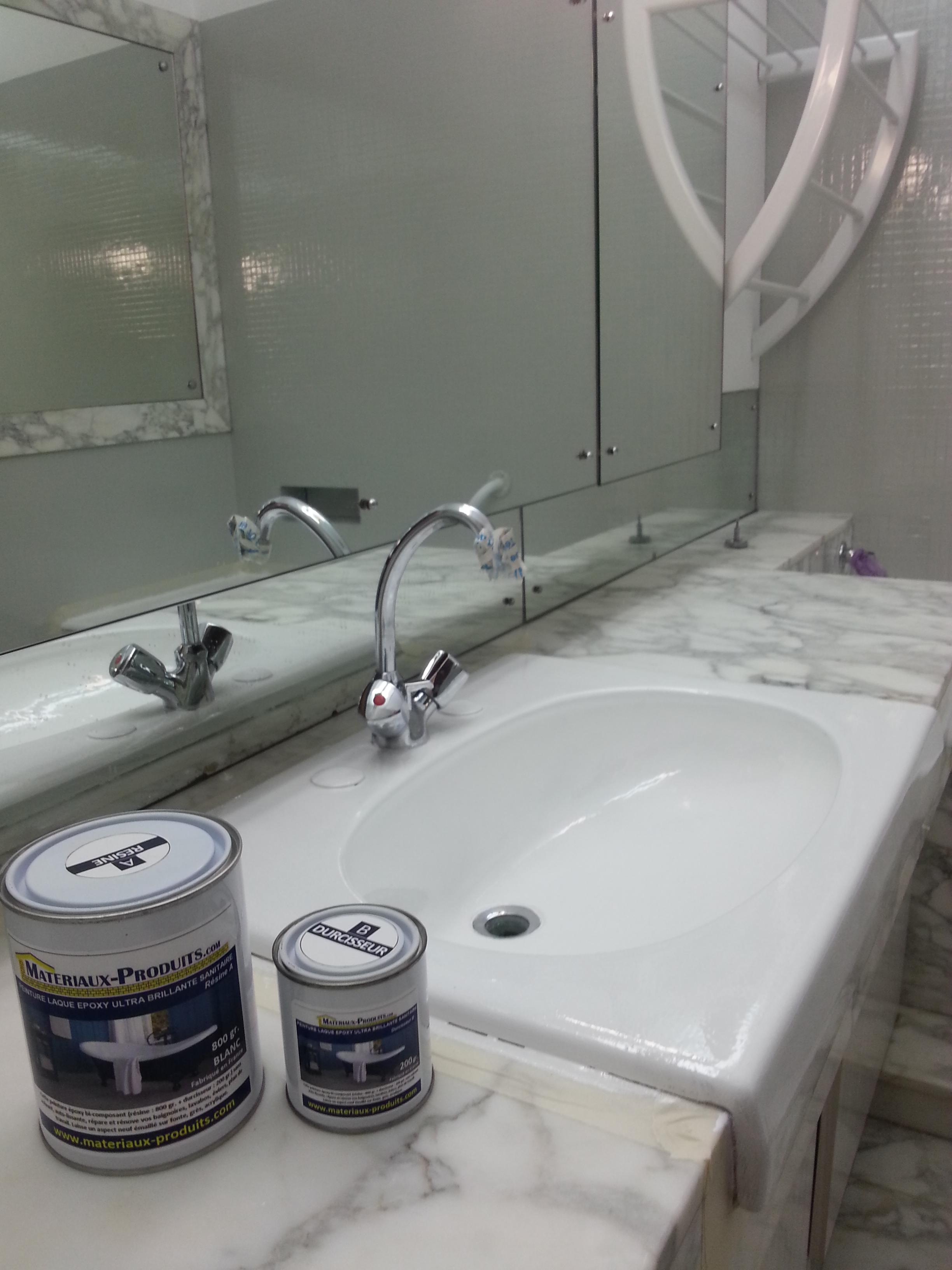 Peinture pour salle de bain baignoire lavabo epoxy for Baignoire couleur beige