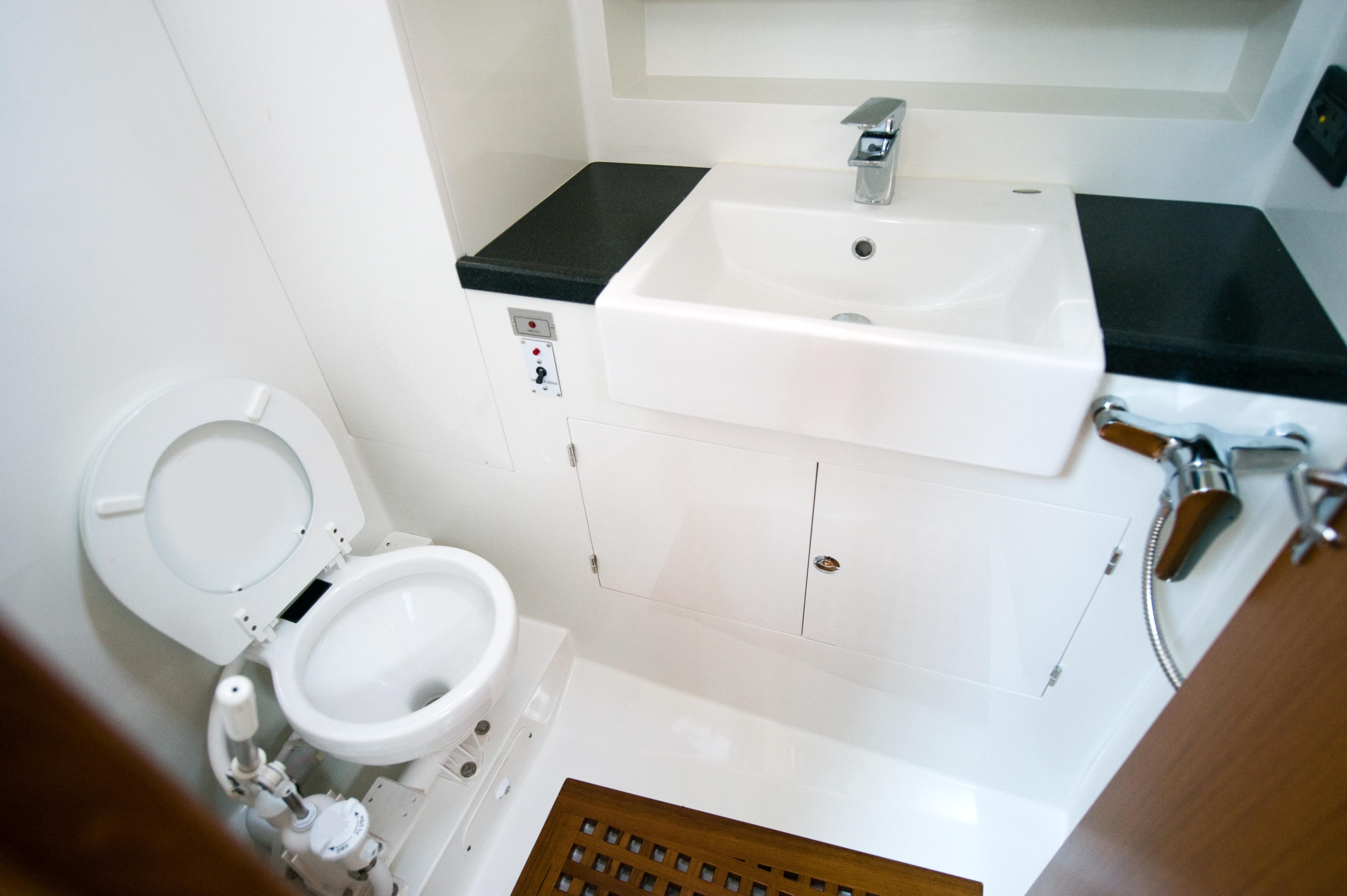 nettoyant d tartrant sanitaire biologique bateaux. Black Bedroom Furniture Sets. Home Design Ideas