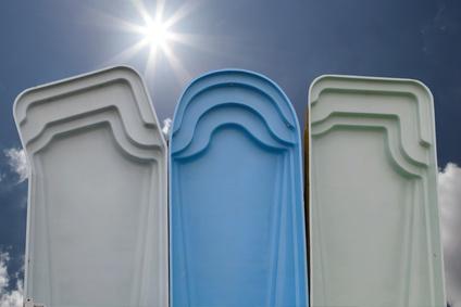 peinture piscine coque polyester et b ton pr alablement tanch. Black Bedroom Furniture Sets. Home Design Ideas