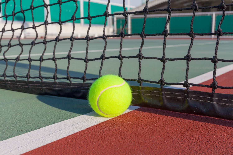 R v tement couleur pour terrain de tennis et bitume 12 for Prix d un terrain de tennis